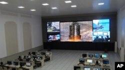 지난 12일 북한 광명성3호 발사 당시 위성통제소 모습. (자료사진)