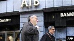 İrlanda'da İki Bankanın Borsa İşlemleri Askıda