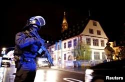 Snabe bezbednosti na mestu pucnjave u Strasburu, 11 .decembra 2018.