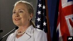 La secretaria de Estado, Hillary Clinton, dijo en Australia que EE.UU. está en la región para quedarse.
