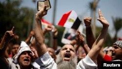 埃及穆斯林兄弟會呼籲7月5日星期五舉行大規模抗議,反對軍方罷黜穆爾西總統。