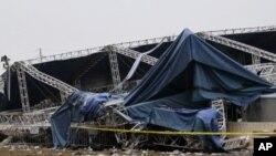 印第安纳州集市游乐会舞台倒塌现场