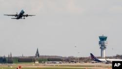Un avion de la compagnie aérienne Brussels Airlines à Zaventem, en Belgique, le 3 avril 2016.