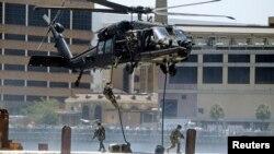 El presidente Barack Obama ha solicitado la autorización para enviar 275 soldados a Irak para proteger la embajada estadounidense.