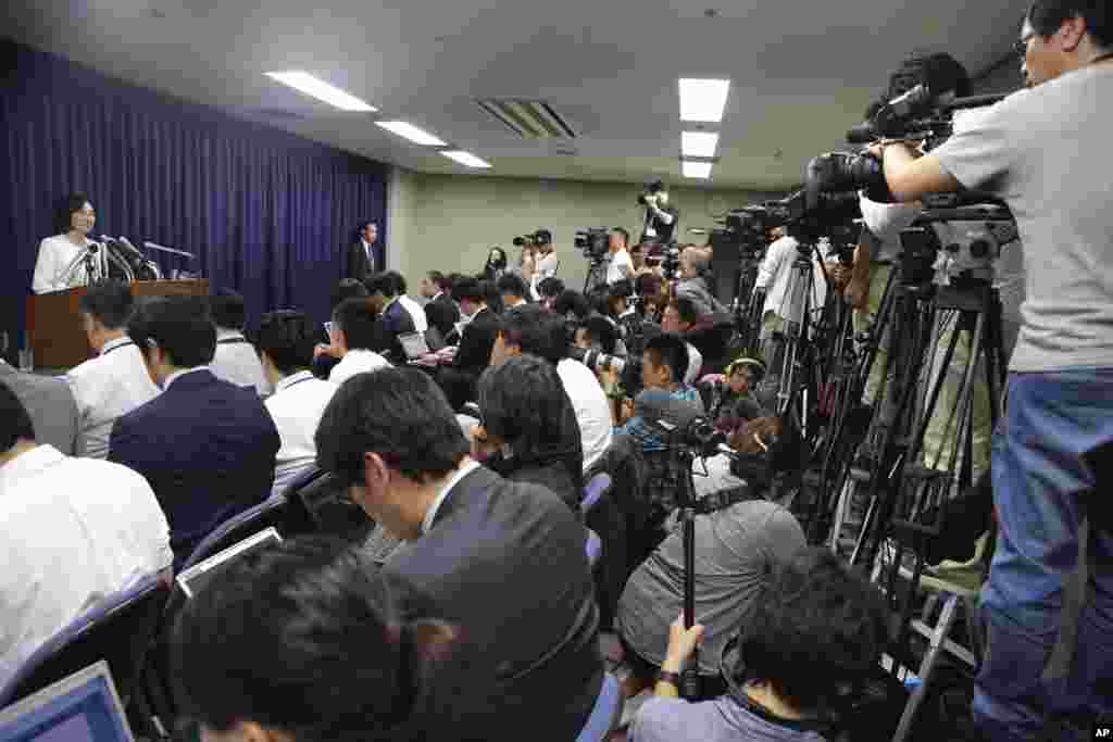 Japan's Justice Minister Midori Matsushima speaks during a press conference on her resignation from the post at the ministry in Tokyo, Oct. 20, 2014.