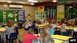 Dvojezični program sve popularniji u američkim školama