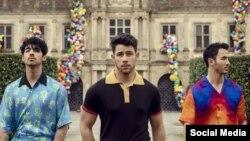 Top Ten Americano: Os Jonas Brothers podem tudo!