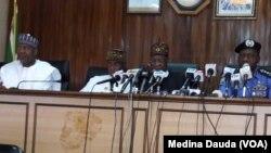 Daga hagu zuwa dama:Sanata Hadi Sirika, Rotimi Amaeci, Lai Muhammad, Ibrahim Idris
