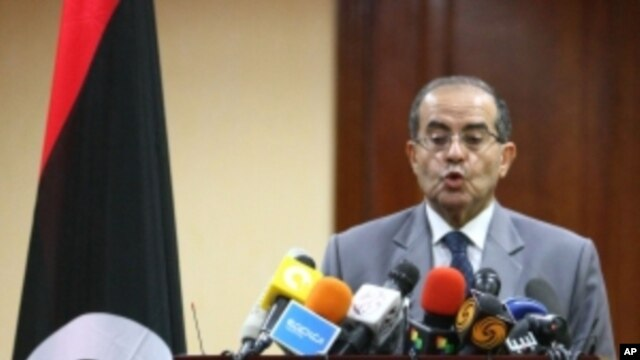 Mahmud Jibril, number two in Libya's Western-backed National Transitional Council (NTC) addresses a news conference in Tripoli on September 8, 2011