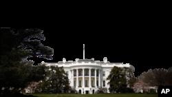 منتقدان می گویند شورای امنیت ملی کاخ سفیددر وزارت دفاع بیش از حد دخالت می کند.