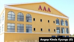 Um dos edificios apreendidos pelo Governo angolano