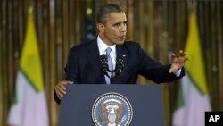 美國總統奧巴馬歷史性訪問緬甸﹐ 11月19日在仰光一所大學發表演講