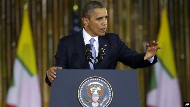 Tổng thống Obama đọc diễn văn tại Đại học Rangoon của Miến Điện, 19/11/12