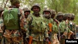 Wasu sojojin yaki da 'yan bindiga kenan a jihar Borno