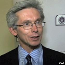 Prof. Malcolm Chalmers