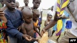 Tình trạng hạn hán cùng với giá lương thực tăng cao có thể khiến hàng triệu người bị thiếu đói trên khắp vùng Sừng Phi Châu.