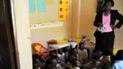 Centenas de professores fantasma detectados em Angola - 2:58