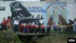 """El denominado colectivo urbano """"La Piedrita"""" está localizado en la zona 23 de enero de Caracas."""