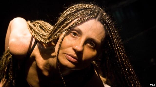 """""""É um duro golpe. Alguém deve ser chamado à responsabilidade"""", desabafa a coreógrafa Ana Clara Marques"""