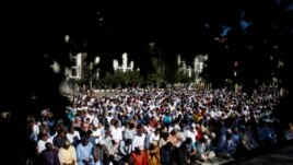 Myslimanët festojnë Bajramin