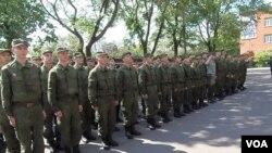 俄军新兵(美国之音白桦拍摄)