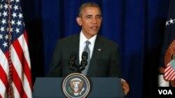 """Presiden Barack Obama hari Minggu (22/11) mengatakan kelompok ISIS """"tidak akan bisa melancarkan pukulan mematikan"""" terhadap AS."""