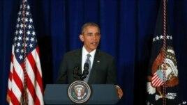 Presidenti Obama takohet me ekipin e sigurisë kombëtare