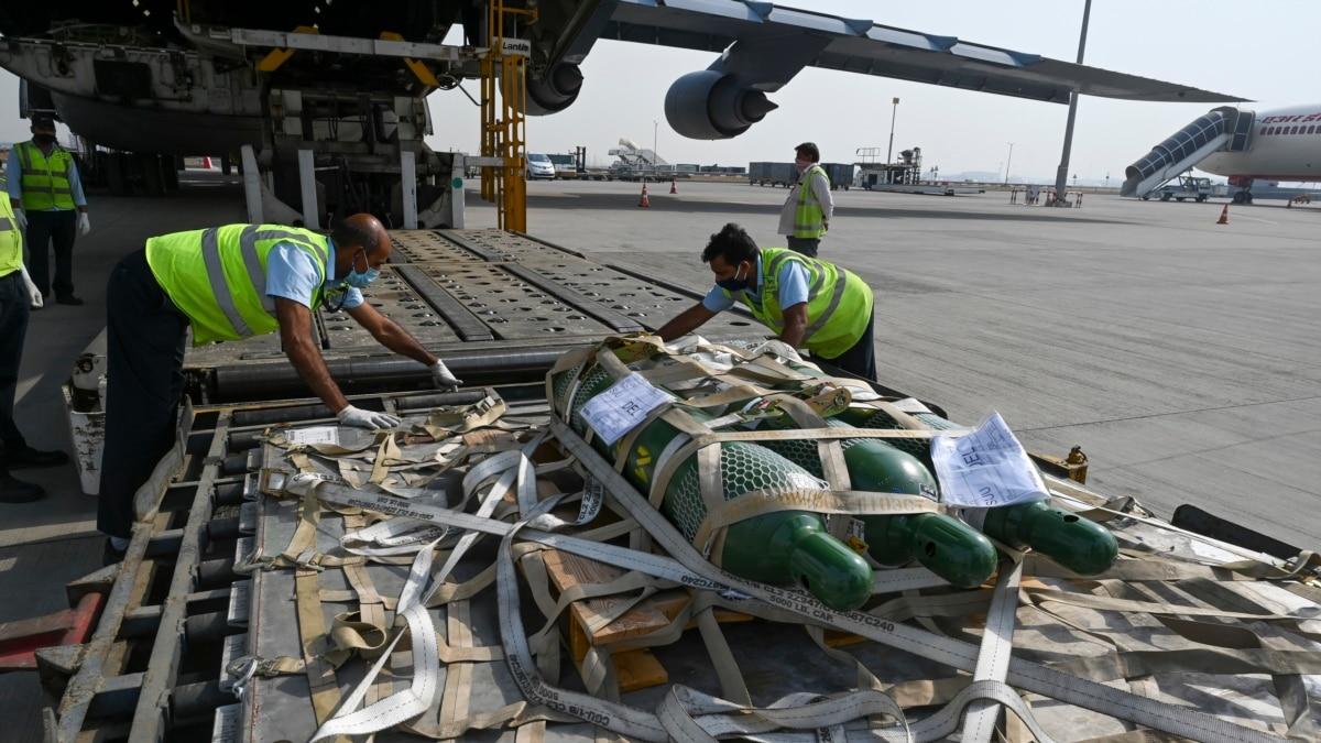 Pesawat AS yang Bawa Bantuan COVID-19 Tiba di New Delhi