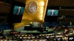 El embajador sirio, Bashar Yafari, defendió que la Asamblea General no debería abordar la situación en su país a menos que así se lo solicite el Consejo de Seguridad.