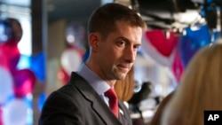 Ông Tom Cotton của bang Arkansas đắc cử vào Thượng viện
