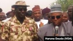 Janar Buratai hafsan hafsoshin sojojin Najeriya da gwamnan Borno Kashim Shettima