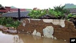 폭우로 침수된 북한 농촌 마을 (자료사진)