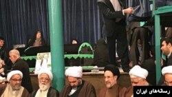 نویسنده می گوید مردم بعد از دو دهه دیگر به اصلاح طلبانی مثل محمد خاتمی اقبالی نشان نمی دهند.