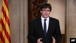 加泰罗尼亚自治政府主席普伊格蒙特星期二在地区议会讲话