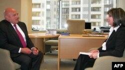 Riçard Armitaj: Müdafiə sahəsində əməkdaşlığımız sabitdir, siyasi əlaqələrimizi də yüksək səviyyəyə çatdırmalıyıq
