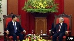 Thông tấn xã nhà nước Việt Nam cho rằng 'các chuyến thăm lẫn nhau của lãnh đạo hai nước có ý nghĩa hết sức quan trọng, góp phần làm sâu sắc hơn nữa quan hệ đối tác hợp tác chiến lược toàn diện Việt-Trung'.