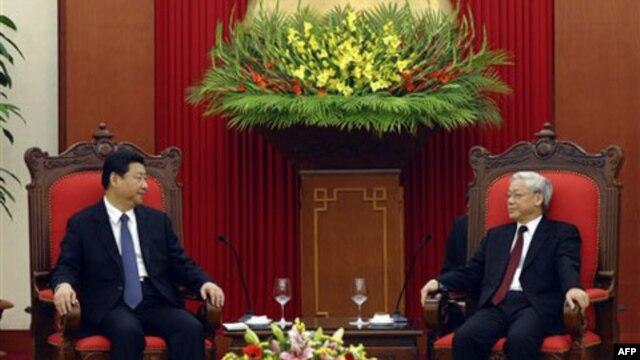 Phó Chủ tịch Tập Cận Bình của TQ gặp Tổng bí thư Nguyễn Phú Trọng của Việt Nam tại Hà Nội ngày 21/12/2011
