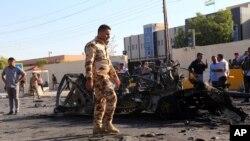 安全部隊在處理爆炸現場