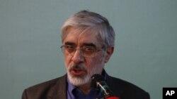 Tokoh oposisi Iran, Mir Hossein Mousavi (Foto: dok). Situs Kaleme.com menginformasikan bahwa dua putri Mousavi telah ditangkap pasukan keamanan Iran, Snin (11/2).