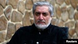 Mantan Menlu Afghanistan Abdullah Abdullah memimpin hasil pilpres dengan 43,8 persen suara (foto: dok).