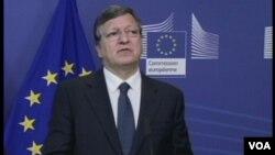 Ketua Komisi Eropa Jose Manuel Barroso mengumumkan tambahan dana bagi krisis pengungsi di Lampedusa, Italia (foto: dok).