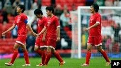 지난해 7월 런던 하계 올림픽에 참가한 북한 여자 축구팀. (자료사진)