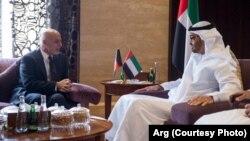 در حمله بر مهمانخانۀ والی کندهار، ۱۳ نفر به شمول پنج دیپلومات امارات متحدۀ عرب، کشته شدند