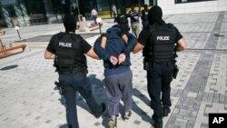 Hapšenje osumnjičenog teroriste na Kosovu