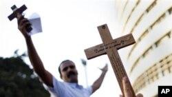 埃及科普特基督徒星期天在開羅舉行示威