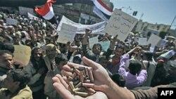 Источник протестов в арабском мире - коррупция и безработица