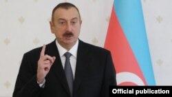Prezident İlham Əliyev ölkədə siyasi azadlıqların təmin olunduğunu deyir.