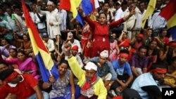 尼泊尔青年用社交网发动新宪运动