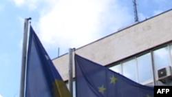 Kosova bën përgatitjet e fundit para votimeve të ditës së nesërme