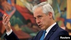 """El exvicepresidente boliviano, Álvaro García Linera, señaló que mientras estén """"conculcados"""" los derechos constitucionales en el país podría haber más protestas y otras reacciones."""